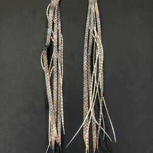 Hesztia, dragon pasztell barna tollakkal